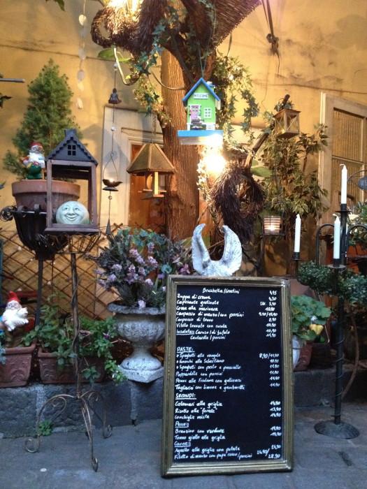 romantischer Biedermeierinnenhof !
